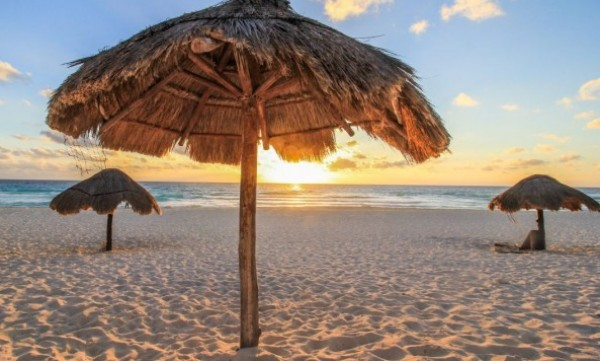 BLACKFRIDAY Cancun Verano 2021 con AR - Vuelo Regular